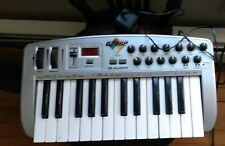 M Audio OZONE MIDI Keyboard USB MIDI Controller Interface - Works - w power src