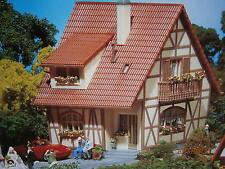 Faller H0 130257 Fachwerkhaus Dachgauben und Balkon Bausatz NEU