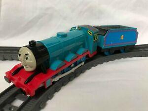 Thomas the Tank Engine Trackmaster Gordon Train with Carriage