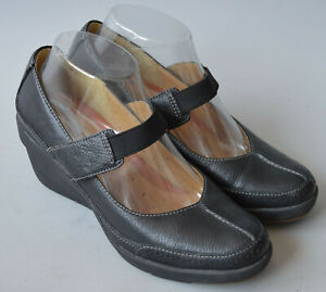 Ladies Clarks Unstructured Black Leather Mary Jane Wedge Shoes Size UK 5 D