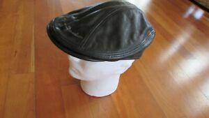 Leather cap motorcycle Harley Davidson insignia black M 7 1/8 - 7 1/4 not worn