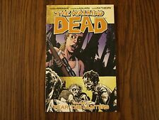 Image TPB Graphic Novel The Walking Dead: Fear The Hunters Vol. 11