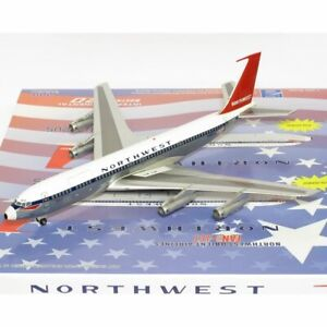 Aviation200 AV27071212BP 1:200 Boeing 707-351C Northwest Orient Airlines N362US