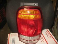 98 99 00 01 FORD EXPLORER RIGHT TAILLIGHT