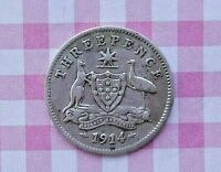 AUSTRALIAN 1914 George V  SILVER THREEPENCE IN COIN HOLDER ( GREAT FOR ITS AGE)