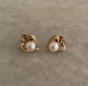Gorgeous 14k Yellow Gold Pearl Diamond Heart Earrings