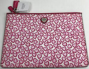 Nwt Coach Heart Print Medium Tech Bag Clutch Hearts Pink Zippered Bag F68438
