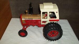 Ertl International Harvester 1456 Gold Demonstrator Tractor, Good Cond!