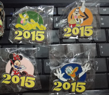 2015 DISNEY MINNIE PLUTO GOOFY DONALD DUCK 4 PINS