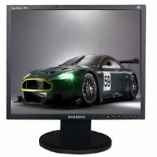 "Samsung 740N 17"" LCD Monitor 1280x1024 VGA Scratch and Dent"
