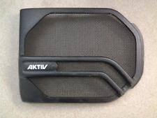 vw. 90-92 corrado right pass side door speaker grill