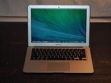 "13"" Macbook Air 1.3 i5 + 8 GB Memory + 250 GB Flash/SSD + Thunderbolt + EXTRAS!!"