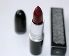 Mac Lipstick in Diva Matte Full Size