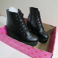 Iron Fist Black Bat Wing Boots Cute Gothic Size 6 Vegan Wear Shoes /Without Wing