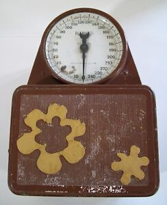 Vintage Hanson 250 Pound Bathroom Scale - Ugly Brown with Hippy Flowers
