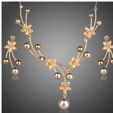 S5 Made Using Swarovski Crystals & Faux Pearl The Melosa Necklace Set $228