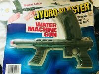 Vtg Water Machine Gun Blaster Repeat Action Japan Shoots up to 30' NEW RGA-6102