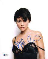 ALYSSA MILANO SIGNED AUTOGRAPHED 8x10 PHOTO PHOEBE CHARMED PRETTY BECKETT BAS