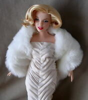 """Barbie Marilyn Monroe """"Kiss me in the Moonlight"""" CURVY ARTICULATED Body"""