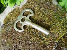 Ancienne clé à jouet système à ressort manuel