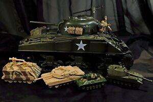Vintage toy tank collection 5 Tanks/ Large 21st Century toys(2000), 3- Ertl