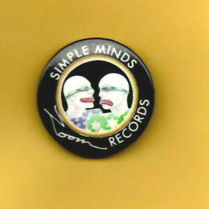 SIMPLE MINDS ~ Orig 1979 3cms pin badge. EX.