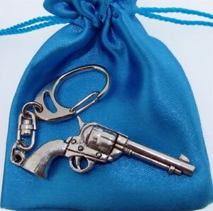 Pistol - Quality Chunky 3D Silver Pewter Keyring