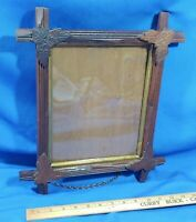 Antique Carved Wood Chain Picture Frame Adirondack Black Forest Leaf Glass Gold