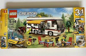 LEGO Creator 31052 3in1 Vacation Getaways, 100% Complete RV Camper w Box/instrux