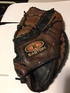 Easton NAT30  Baseball Softball First Base Mitt Right Hand Throw