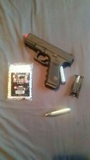 Glock 19 co2 airsoft Glock. BRAND NEW! Comes with 8 free Co2 and a bag of BB's