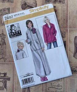 Simplicity 2482 Cozy Robe or Fleece jacket with Pockets Sewing Pattern