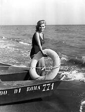 Photo originale Scilla Gabel plage boué maillot de bain