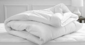 """Comforter  Welsupn / koni Down Alternative - Duvet Insert 113"""" x 98"""" cal king"""