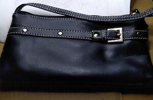 SMALL VINTAGE BLACK BELT BUCKLE STYLE BAG.