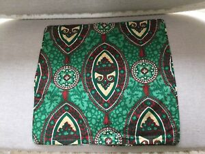 """1 Retro Floral Cushion Cover Green & Red 18"""" Piped"""