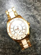 GUESS Stainless Steel Case 100 m (10 ATM) Water Resistance ... 3ad903dc70
