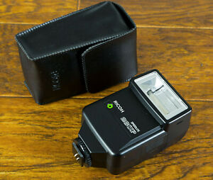 Mint Ricoh/Pentax 260P Shoe Mount Flash, TTL/Auto for Ricoh XR-P w/case Tested!