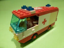 LEGO VAN AMBULANCE - WHITE + RED  - VERY GOOD CONDITION