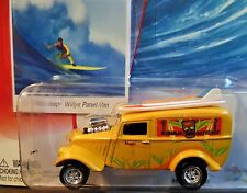 JOHNNY LIGHTNING 33 1933 JEEP WILLYS PANEL VAN SURF RODS CAR KAHULUI SURFSHOP