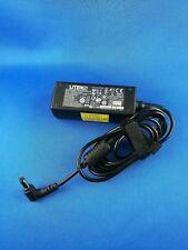 AC/DC Power Adapter 19V 1,58A Original LITEON PA-1300-04 Notebook Ladekabel GUT