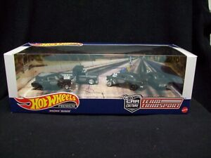 Hot Wheels Car Culture Black Hole 4 Car Set.