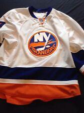 New York Islanders Thomas Hickey 2016/2017 Game Worn Away Jersey Sz 56
