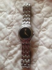 movado watch stainless steel small bracelet needs battery