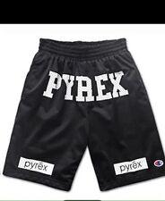 Pyrex Short Basket Unisex Bermuda Pantaloncini Primavera/Estate 2017