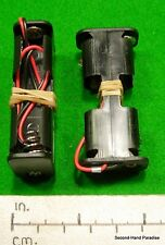 Battery holder  - 2 x AA cell side by side - wired