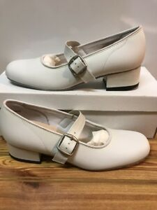 Majestic Size 7.5 M Womens Square Dance Shoes, White