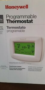Honeywell 7-Day Programmable Touchscreen Thermostat RTH7600D