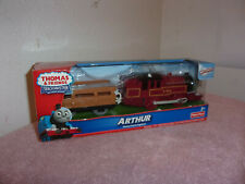 NEW THOMAS & FRIENDS TRACKMASTER ARTHUR & CAR MOTORIZED ENGINE
