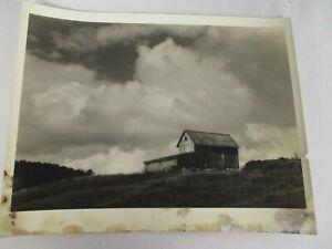 ORIGINAL L. WHITNEY STANDISH PHOTOGRAPH of NEW ENGLAND BARN